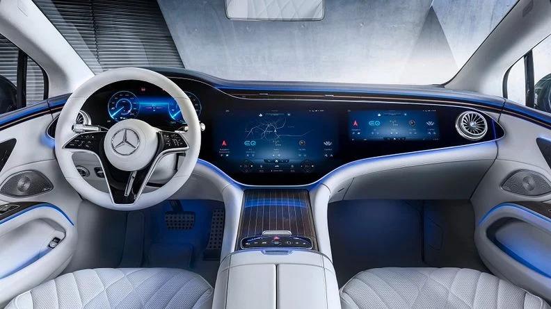 智能座舱未来已来,突围时间窗口大开